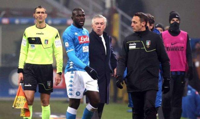 Kalidou Koulibaly et Carlo Ancelotti lors de la rencontre entre l'Inter et le Napoli