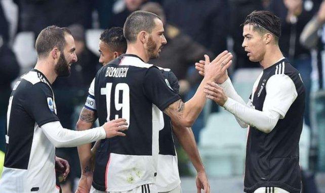 Les joueurs de la Juventus viennent célébrer le second but de CR7 contre l'Udinese