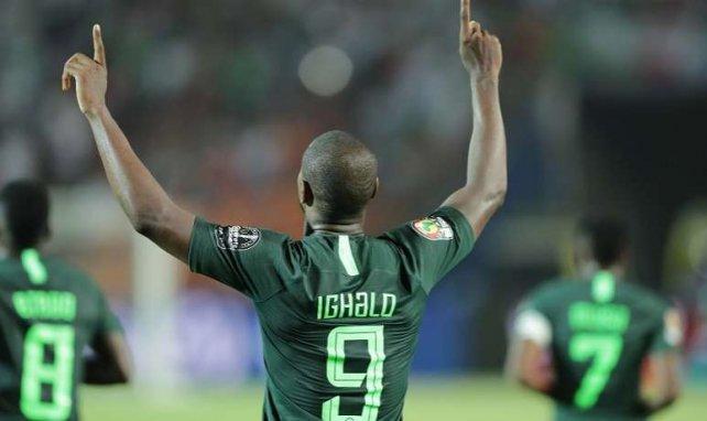 Odion Ighalo, qui célèbre ici un but avec le Nigeria, débarque à MU et il est attendu