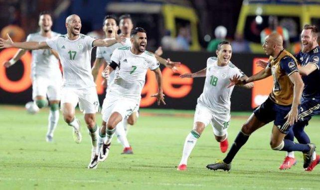 Riyad Mahrez a envoyé son équipe en finale grâce à un magnifique coup-franc