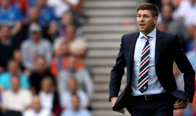 Steven Gerrard ne veut pas se séparer d'Alfredo Morelos