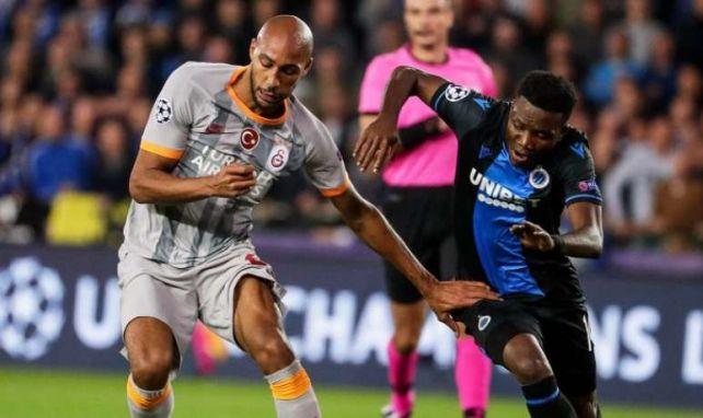 Steven Nzonzi (à gauche) sous le maillot de Galatasaray