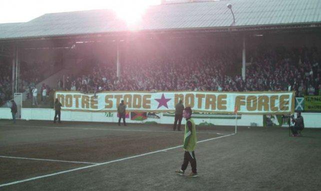 Tribune Rino Della Negra lors de la rencontre du titre face à Amiens en 2015 - ©Mathieu Rault