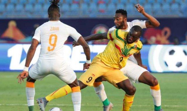 Wilfried Zaha face à Moussa Marega lors de la rencontre entre le Mali et la Côte d'Ivoire