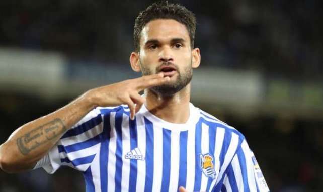 Willian José célèbre un but avec la Real Sociedad