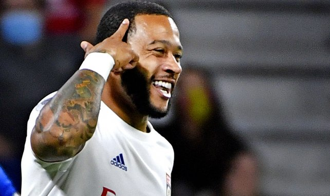 Ligue 1 : un brillant Depay permet à l'OL de battre Angers