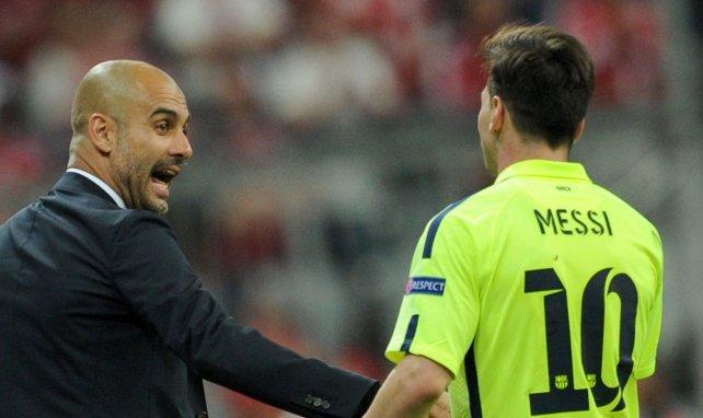 Pep Guardiola et Lionel Messi lors d'une rencontre de C1 entre le Barça et le Bayern