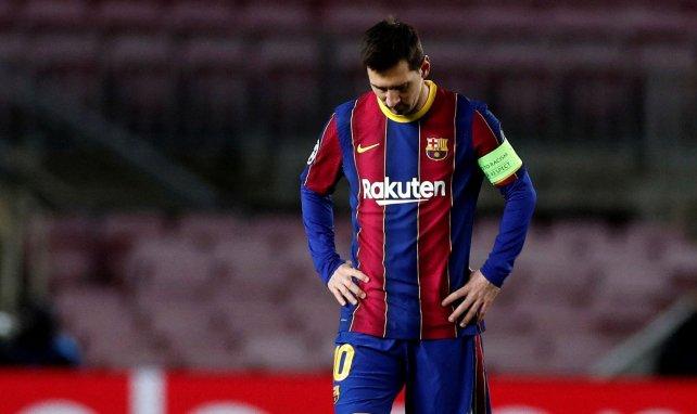 Lionel Messi, tête basse, après la déroute du Barça face à la Juventus