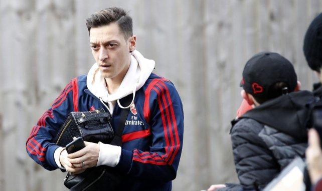 Arsenal et Mesut Özil négocient une rupture de contrat