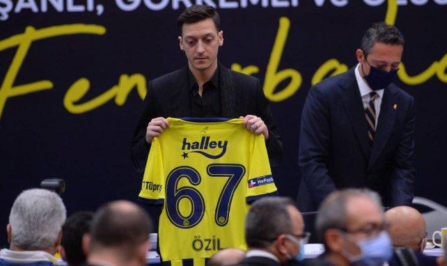 Fenerbahçe : gros coup dur pour Mesut Özil