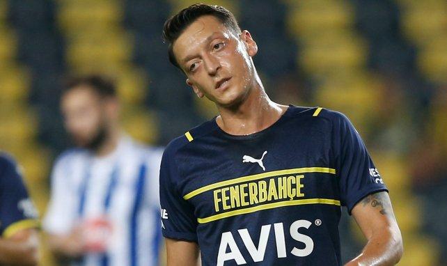 Fenerbahçe : première polémique pour Mesut Özil