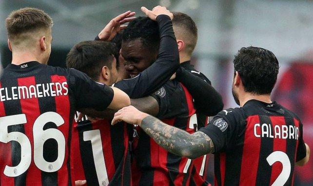 Serie A : l'AC Milan enchaîne contre la Fiorentina et conforte sa place de leader
