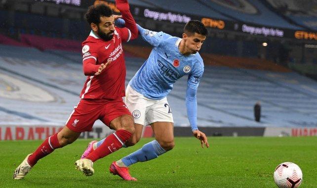 Mohamed Salah au duel avec Joao Cancelo