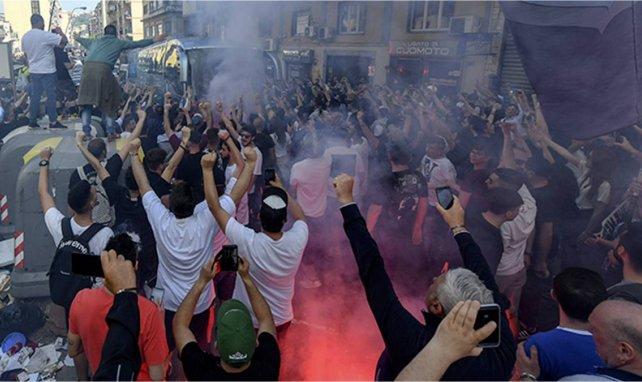 Vidéo : les tifosi du Napoli en feu après la victoire en Coupe d'Italie