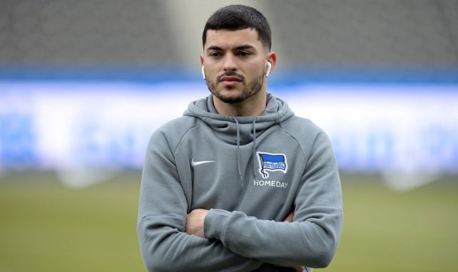 Nemanja Radonjic avant le match Hertha Berlin-Bayer Leverkusent