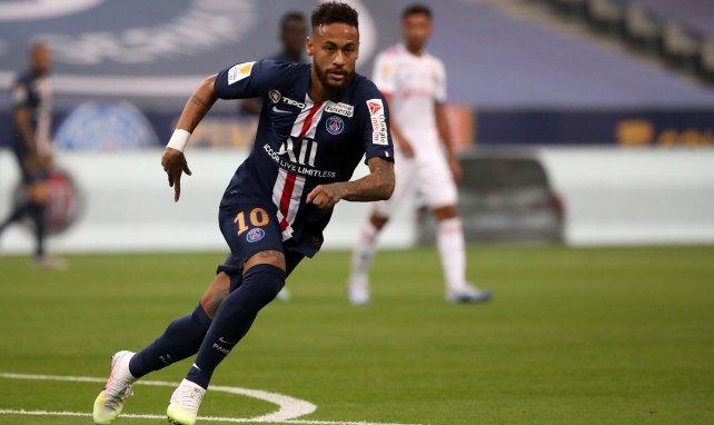 Neymar sous le maillot du PSG face à l'OL