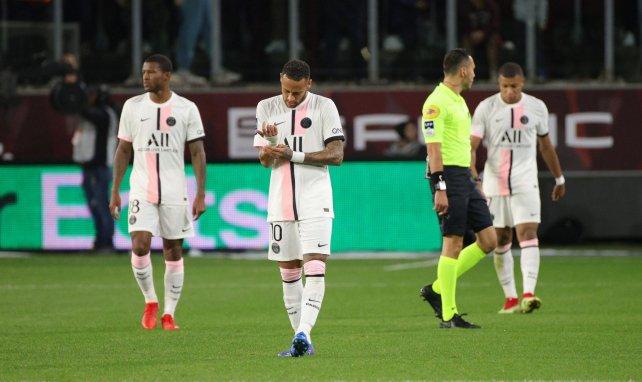 PSG : Neymar s'insurge contre le carton jaune polémique donné à Paqueta