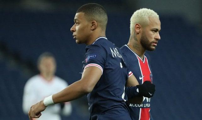 Neymar et Kylian Mbappé lors du match face au RB Leipzig