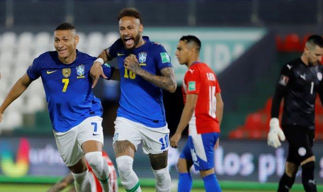 Neymar buteur contre le Paraguay