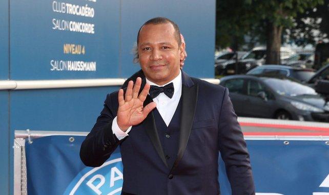 Vidéo : les jongles enflammés du père de Neymar !