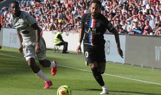 Le Havre-PSG : le golazo de Neymar en vidéo