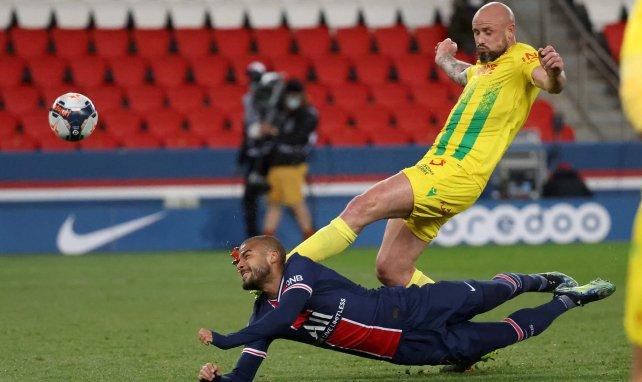 Nicolas Pallois et Rafinha lors de PSG-Nantes