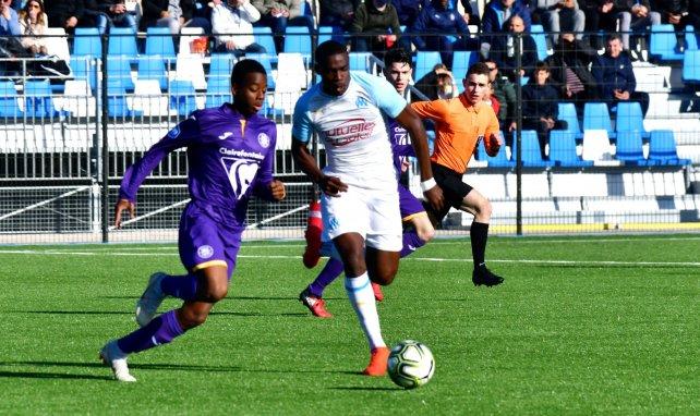 Mercato : rude bataille entre trois clubs pour Niels Nkounkou