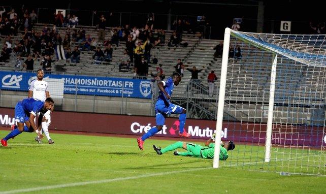 Ibrahim Sissoko et Niort ont roulé sur le Paris FC à domicile