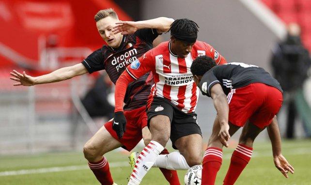 Noni Madueke dribbelt die Eredivisie schwindelig