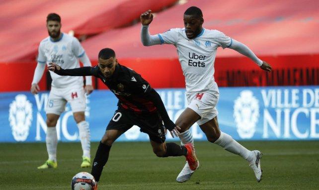 Olivier Ntcham au duel avec Alexis Claude-Maurice lors d'OGCN-OM