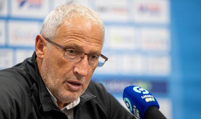 Ligue 2 : Clermont écrase Amiens et prend la deuxième place