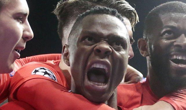 Patson Daka célèbre un but inscrit en Ligue des Champions contre Genk
