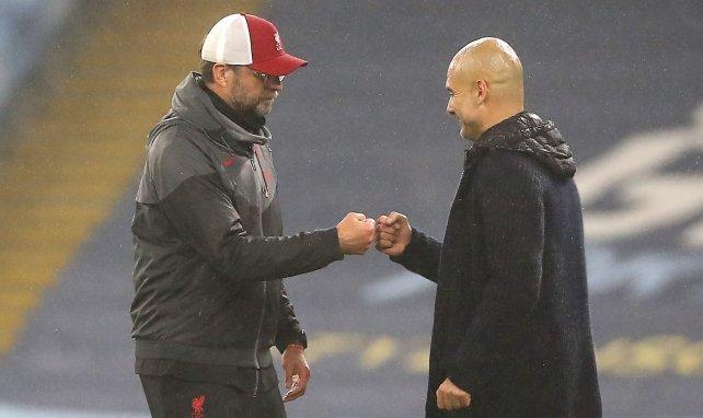 Pep Guardiola et Jürgen Klopp lors de Manchester City-Liverpool