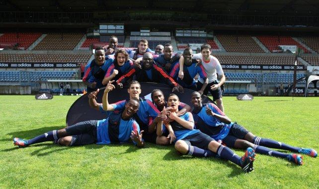 Regis Nsiabamfumu (au centre) lors d'un tournoi en 2012 entouré de Rabiot, Said, Cornet, Cyprien etc...