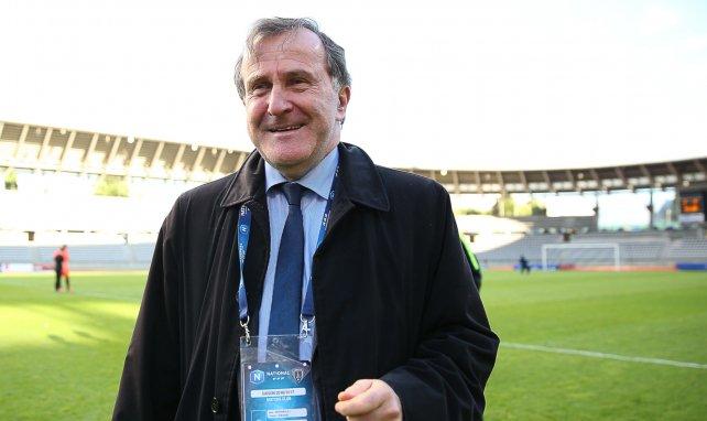 Le Paris FC annonce le départ de René Girard