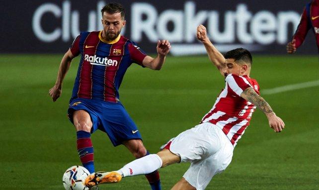 Miralem Pjanić en action avec le Barça
