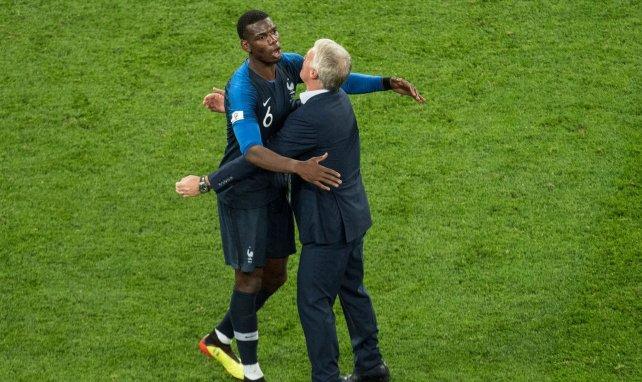 Paul Pogba avec Didier Deschamps au Mondial 2018