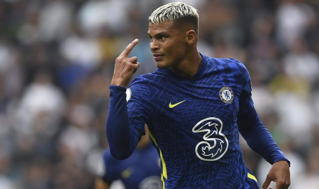 LIVE : Chelsea creuse son écart face à Tottenham, Thiago Silva et Kanté buteurs !