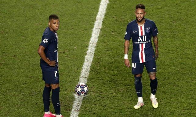Kylian Mbappé et Neymar pendant la rencontre
