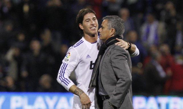 José Mourinho tente de contrarier les plans du PSG dans le dossier Sergio Ramos