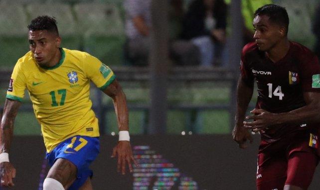 La montée en puissance de l'ancien Rennais Raphinha enchante le Brésil