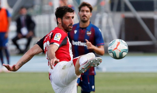 Raul Garcia en action lors de ce Levante-Athletic