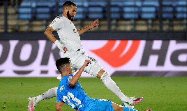 Karim Benzema tente de percer le coffre fort du Valence CF