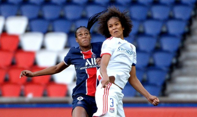 Wendie Renard au duel avec Marie-Antoinette Katoto