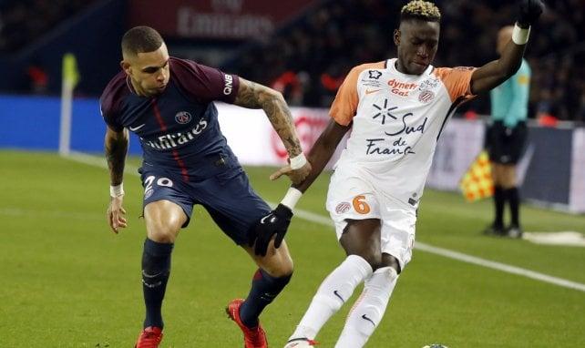 Junior Sambia au duel avec Kurzawa en Ligue 1