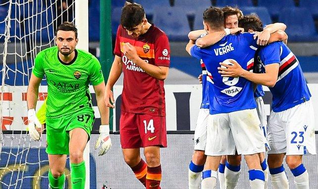 Les joueurs de la Sampdoria célèbrent un but d'Adrien Silva contre la Roma