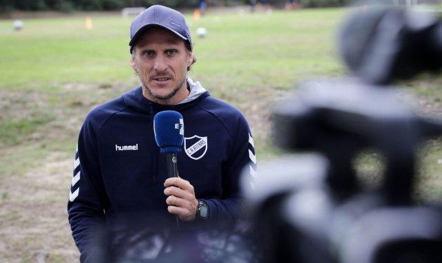 Diego Forlan viré de son deuxième club