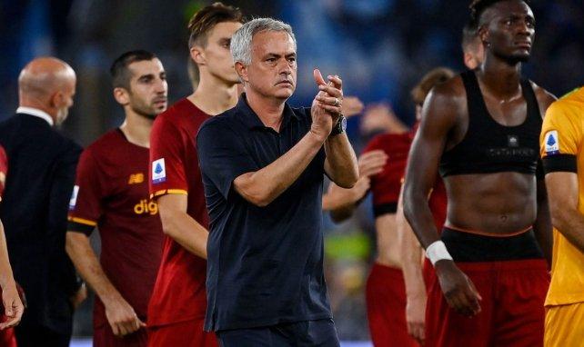 AS Rome : José Mourinho s'en prend à l'arbitrage après le derby romain