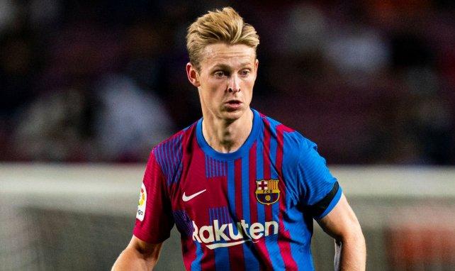 Frenkie De Jong avec le maillot du FC Barcelone