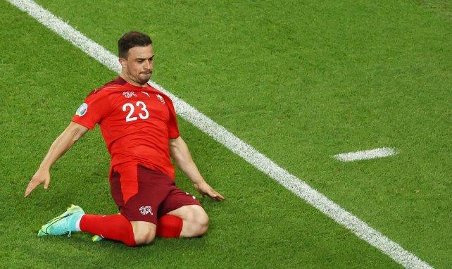 Xherdan Shaqiri célèbre son but contre la Turquie